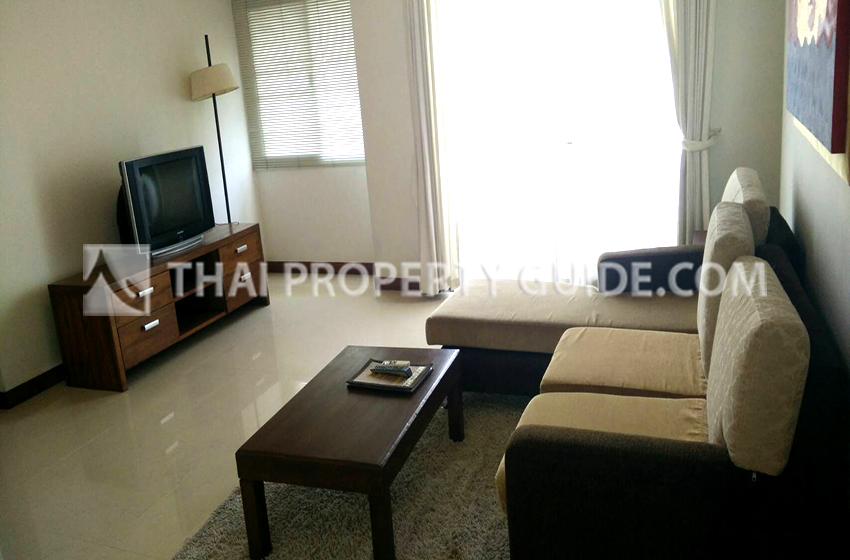 Apartment for rent in Bangnatrad