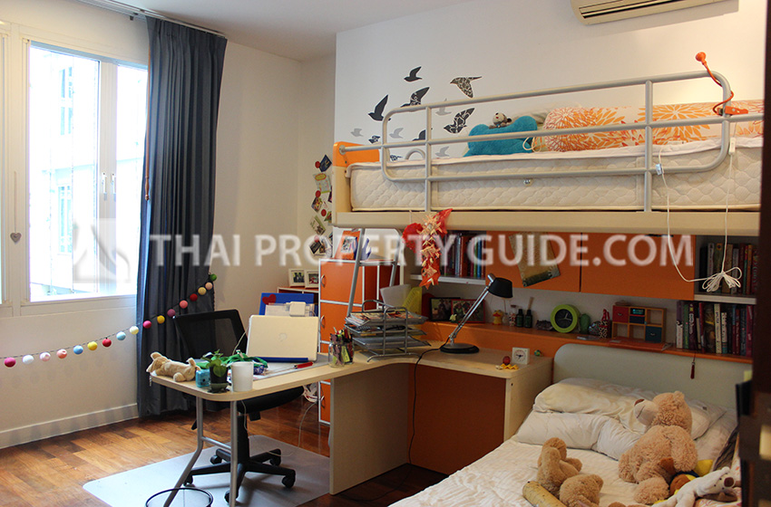 Big Apartment for rent in Sukhumvit, Bangkok near BTS