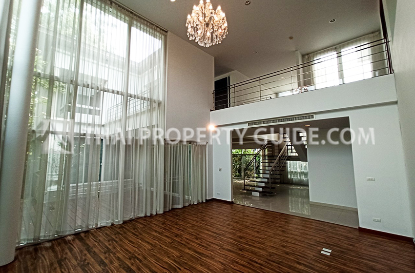 House with Shared Pool for rent in Sukhumvit, Bangkok, Thailand : Panya Village